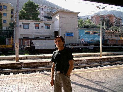 Elio-Train-Station.jpg